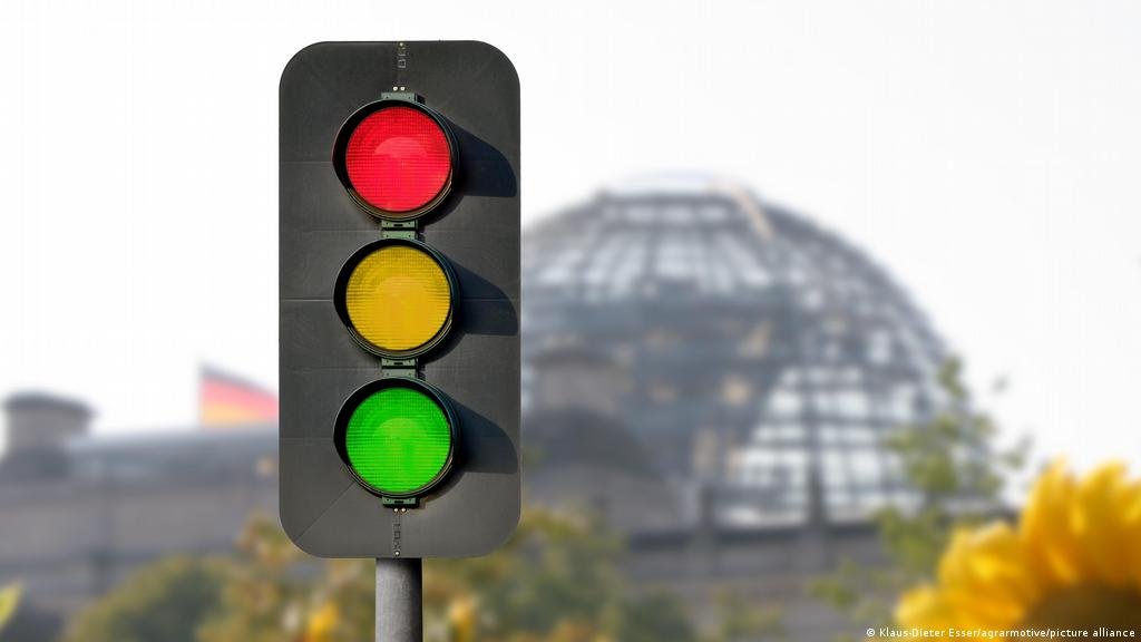 Noua coaliție semafor a Germaniei promite fotovoltaice pe fiecare acoperiș